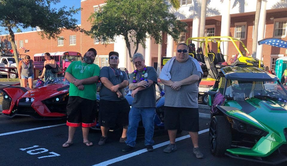 slingshots_crew_with_mark_parade_2019